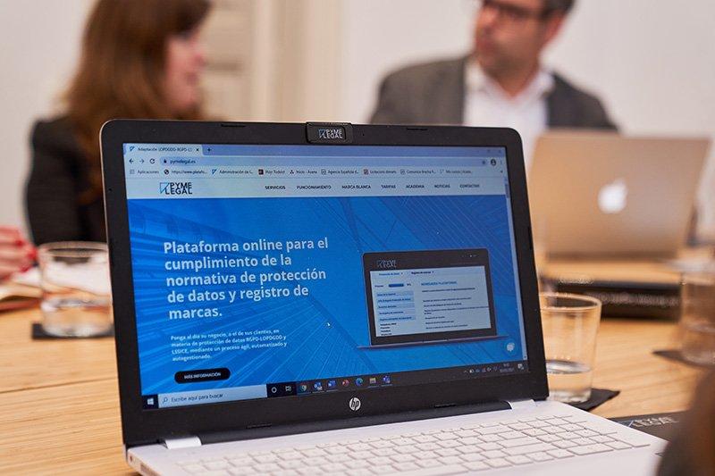 Plataforma Online para cumplir con la Protección de Datos y registro de marcas